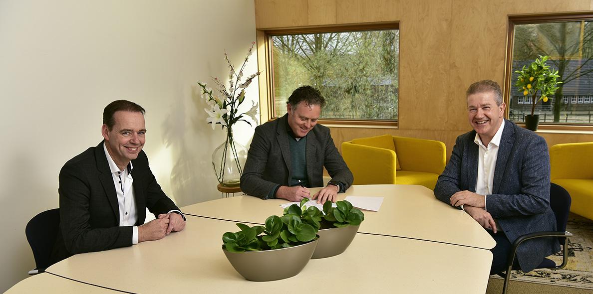Contract UniePlaza Ernest Hoen, Antoine Stelma, Erik Fransen